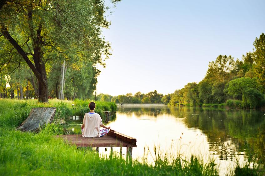 Cum meditam fara a medita